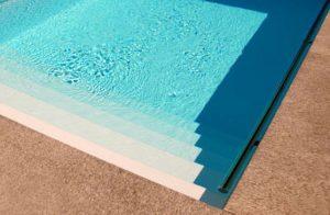 piscina-semi-prefabbricata